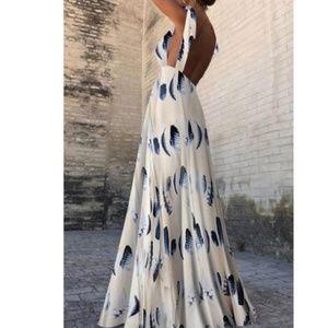 Dresses & Skirts - Sexy Tie Halter Maxi Dress
